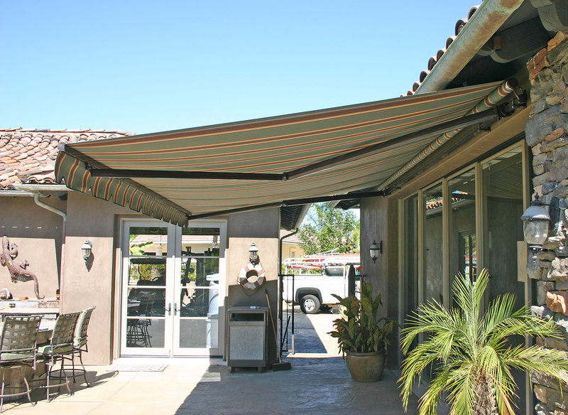 Elite Heavy Duty Retractable Patio Awning