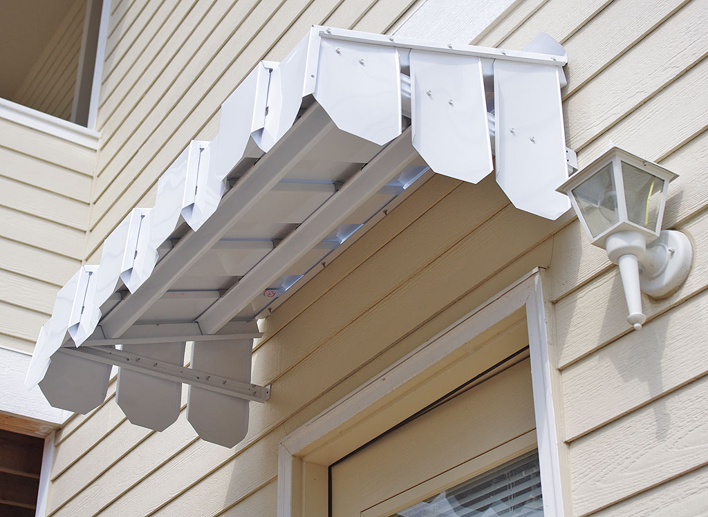 Brookside Door Awning With Flat Side Panels