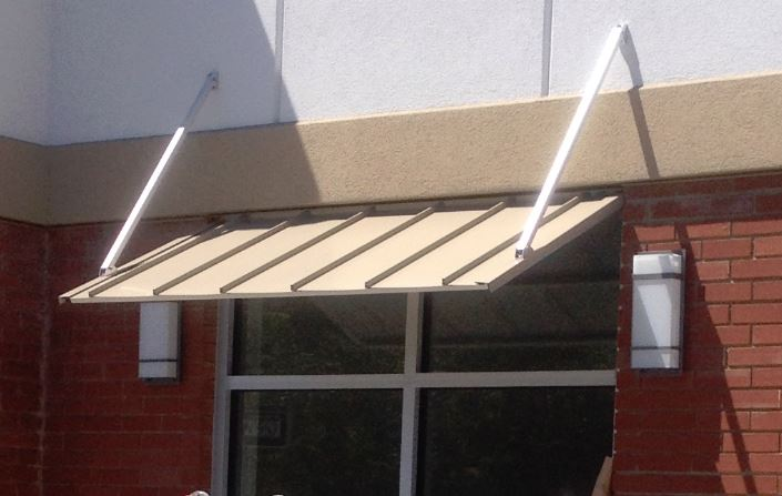 Austin Standing Seam Awning With Overhead Braces