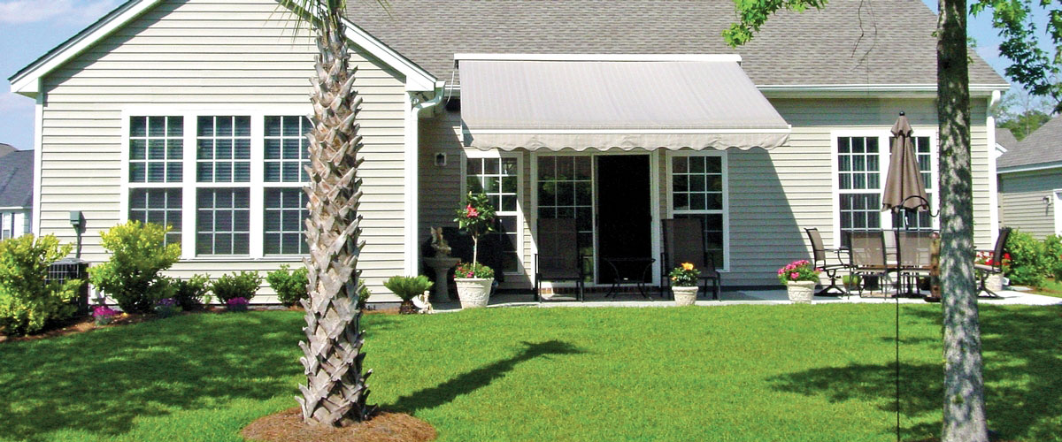 Backyard Awning Retractable : Home ? Patio Covers ? NuShade Retractable Patio Awning
